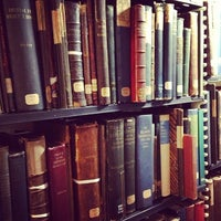 Photo prise au Boston Athenaeum par Lizzie M. le1/10/2013