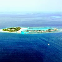 Photo taken at W Retreat & Spa - Maldives by Lirar M. on 7/30/2013