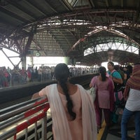 Photo taken at Kashmere Gate Metro Station by Meetali K. on 5/25/2013