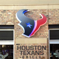 Photo taken at Houston Texans Grille by Melissa PuertoRican Princess R. on 9/23/2012