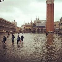 Foto scattata a Piazza San Marco da Andres J. il 5/16/2013