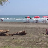 Photo taken at Artisan Hotel Resort & Spa - Playa Chachalacas by Lu R. on 4/5/2015