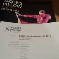 Photo taken at Jacob's Pillow Dance Festival by Olga B. on 7/20/2014