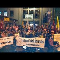 10/15/2012 tarihinde Utku Z.ziyaretçi tarafından Makina Fakültesi'de çekilen fotoğraf