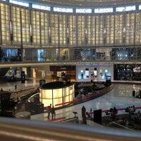 รูปภาพถ่ายที่ The Dubai Mall โดย Αbdulaziz H เมื่อ 6/24/2013