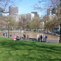Снимок сделан в Boston Common пользователем greg b. 4/27/2013
