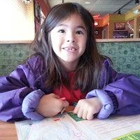 Photo taken at Applebee's Grill + Bar by Daniel K. on 1/4/2014