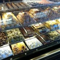 Снимок сделан в Freed's Bakery пользователем 🏁 Dave M. 10/30/2012