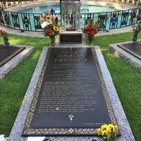 7/29/2018에 Keri C.님이 Elvis's Grave에서 찍은 사진