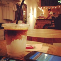 Photo taken at MAKERS COFFEE by つか な. on 8/19/2013