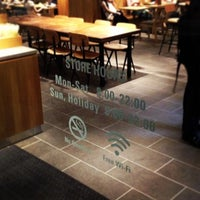 รูปภาพถ่ายที่ Afternoon Tea LOVE & TABLE 表参道 โดย つか な. เมื่อ 10/2/2013