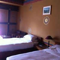 Photo taken at Hotel Olathang by Nobara F. on 3/28/2013