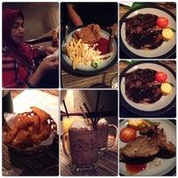 Photo taken at Heidi's Family Restaurant by Megat F. on 11/21/2013