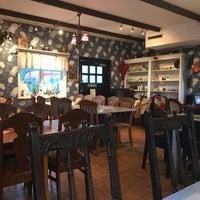 Photo prise au Café Hemma Hos par Victor S. le1/20/2017