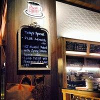 รูปภาพถ่ายที่ Cafe D' Tists โดย Kanittha C. เมื่อ 12/16/2013