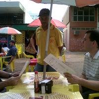 Foto tirada no(a) Lambisco Restaurante e Bar por Waldir C. em 9/20/2012