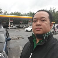 Photo taken at Shell by Mohd S. on 7/19/2015