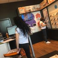 Photo taken at Orange store by Lyana 😺🐱 on 9/16/2016