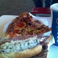 Снимок сделан в Costco Food Court пользователем Comic-Con G. 7/14/2013
