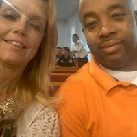 Foto tirada no(a) Macedonia Baptist Church por Theresa R. em 8/26/2015