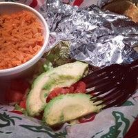 Das Foto wurde bei Taco Joint von Mary S. am 2/24/2013 aufgenommen