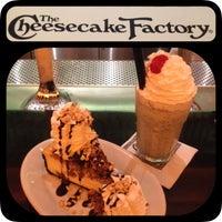 7/12/2014에 Dario T.님이 The Cheesecake Factory에서 찍은 사진
