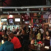 รูปภาพถ่ายที่ Lucky's Pub โดย Rick M. เมื่อ 3/28/2013
