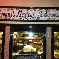 Foto tirada no(a) Tommy's Mexican Restaurant por Michael B. em 1/14/2013