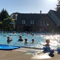 Foto tomada en Sellwood Pool por Liz M. el 7/21/2018