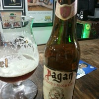 Photo taken at Casa das Cervejas by Taciano S. on 10/3/2014