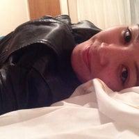 Photo taken at Hotel Sheltown by Mariane B. on 5/19/2014