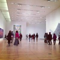 Снимок сделан в Mori Art Museum пользователем Yuji E. 12/1/2012
