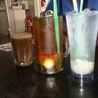 Photo taken at Restoran Tat Nasi Ayam by Jack P. on 10/17/2012
