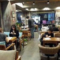 Photo taken at Caffé bene by KiJune Y. on 4/13/2014