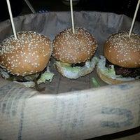 3/15/2013 tarihinde Burak K.ziyaretçi tarafından Burger House'de çekilen fotoğraf