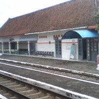 Photo taken at Stasiun Gandrungmangun by Fajar A. on 1/28/2015