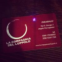Photo taken at La Compagnia Del Luppolo by Lore! on 4/27/2013