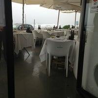 Foto tomada en Restaurante Puntamai por Sandra R. el 5/20/2013