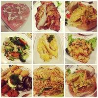 Photo taken at Golden Thai Tasty by Adrian O. on 4/16/2014