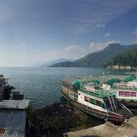 Photo taken at Pandu Hotel Lakeside Parapat by Eqmah E. on 2/14/2015