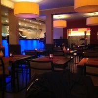 Foto scattata a Opus Latino da Marieke D. il 11/9/2012
