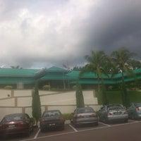 Photo taken at R&R Machap - South Bound by Ahmad Faizal A. on 11/24/2012