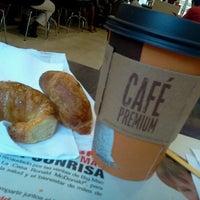 Photo taken at McDonald's by Juan N. on 11/9/2012