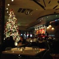 Снимок сделан в Elmo пользователем Steve C. 12/18/2012