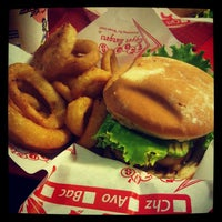 Photo taken at Teddy's Bigger Burgers by Aya Y. on 10/31/2012