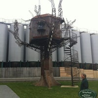 Photo taken at Dogfish Head Craft Brewery by Matthew G. on 11/24/2012
