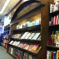 Photo taken at Barnes & Noble by Fhortz on 3/19/2013
