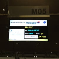 Photo taken at Malaysia Airlines (MH) Check-In Area by cony ma on 7/2/2013