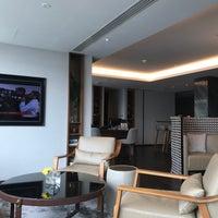 Foto tirada no(a) Executive Lounge por takakoji em 9/7/2017