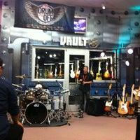 Photo taken at Guitar Center by Seanemac on 9/26/2012
